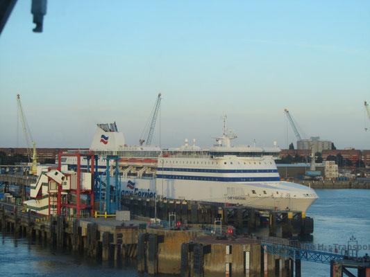Cap Finistère amarré à Portsmouth. Photo Antoine H.