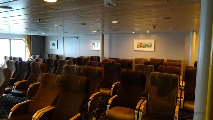 Salon de sièges du pont 8