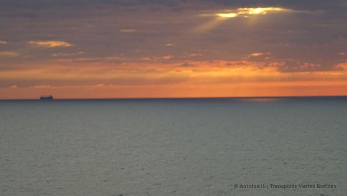 Coucher de soleil vu depuis les ponts arrières de Normandie