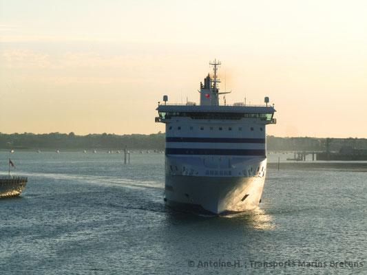 Cap Finistère arrivant à Portsmouth. Photo Antoine H.
