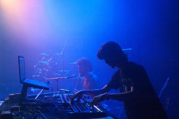 Cardamohm + Hilight Tribe @ Docks des Suds, Marseille (13) Crédit photo: Jessy Briand
