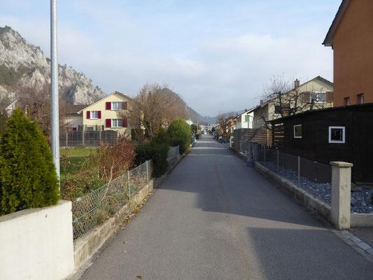 Bilder aus dem Quartier,  wo sich das Bauland befindet
