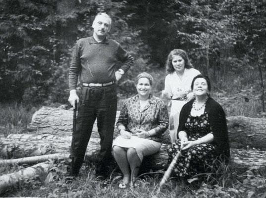В лесу на Николиной Горе, лето, 1962