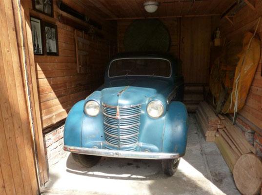 последний автомобиль писателя Москвич-400