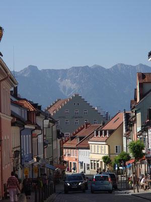 Murnau mit Blick aufs Esthergebirge