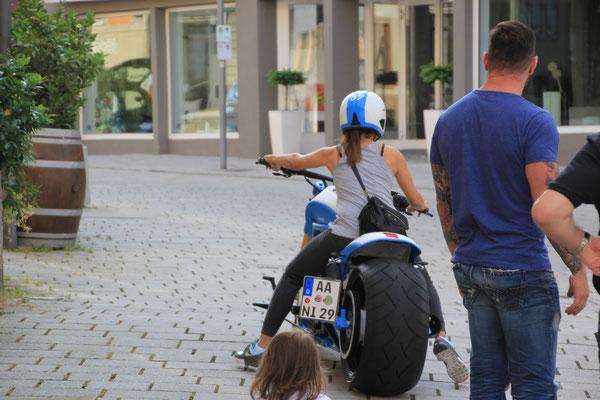 Motorradfahrerin Ellwangen/Jagst