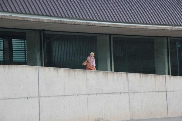 "Sarah beim ""balansieren"", St.Pau"