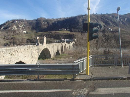 Brücke von Bobbio