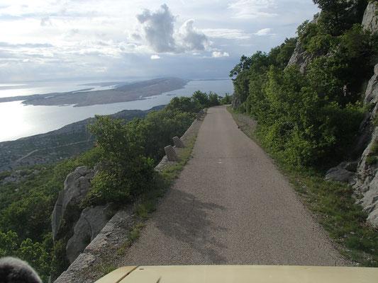 Abfahrt vom Alan-Pass Richt.Jablanac