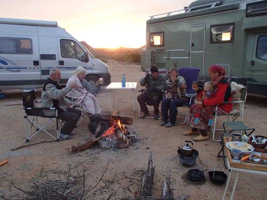 Lagerfeuer, Grillieren m. Angie, Ritchi, Ursula und Harald