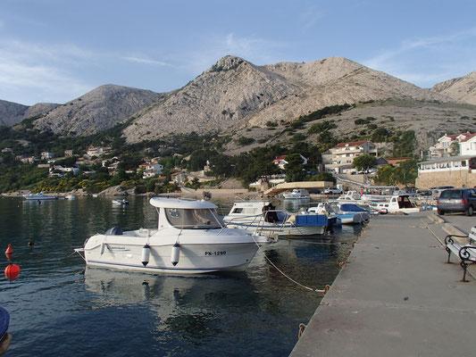 Hafen v. Stari Barka
