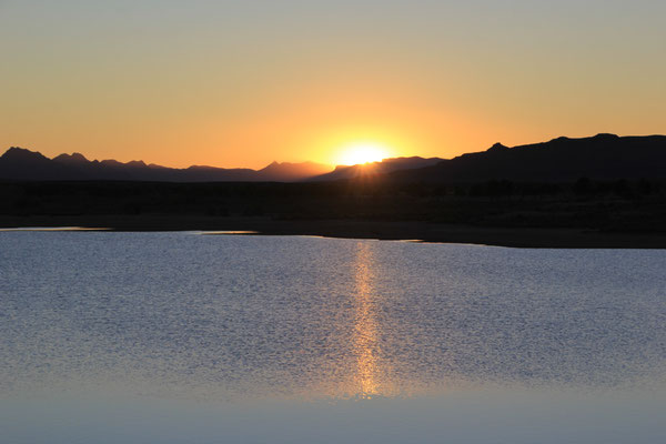 Sonnenuntergang am Standplatz nach Gourrama