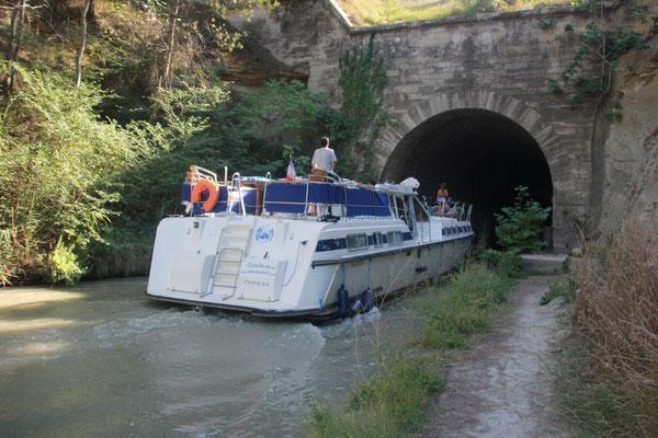 Tunneldurchfahrt Canal de Midi bei Keltensiedlung Ersune