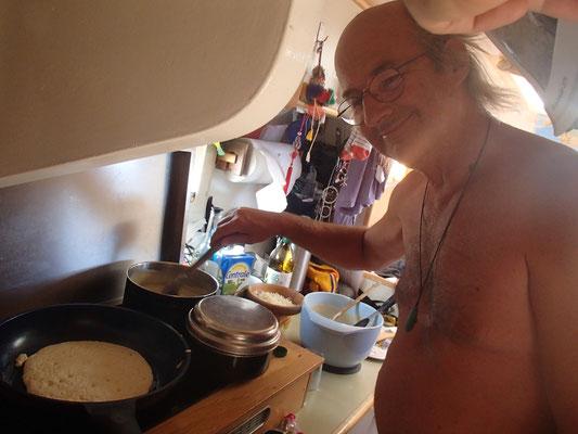 Pfannkuchen braten