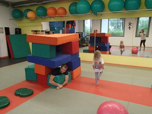 große Spielhalle