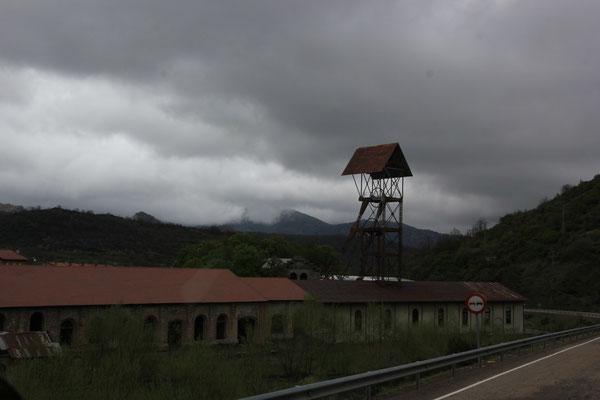 Mineras auf dem Weg in die Picos