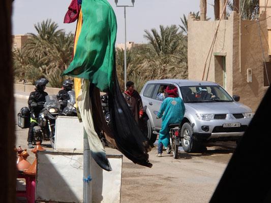 Touristen-Schlepper in Merzouga