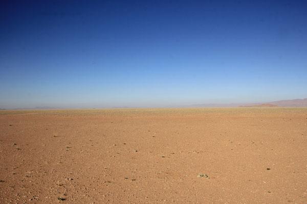 Blick vom Unimogdach Richtung Bel  Rhiada
