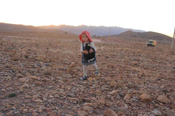 Sarah, Standplatz 1700 m, Weiterfahrt Richtung Tata