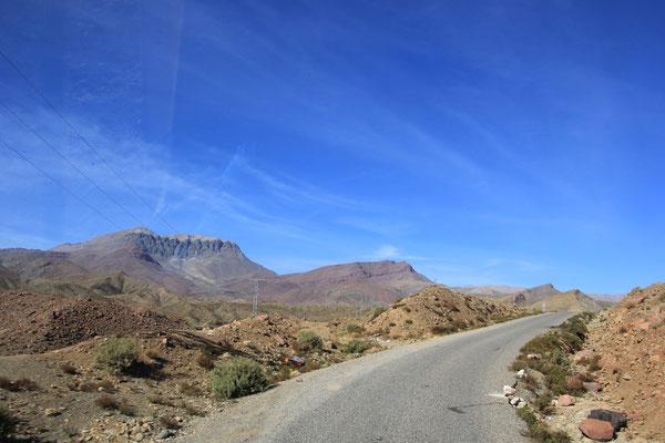 durch die Berge Richtung Demnate