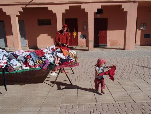 Shopping in Beni Tajite