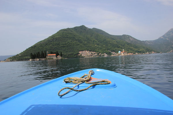 Fahrt zur Klosterinsel, bei Perast, Bucht von Kotor