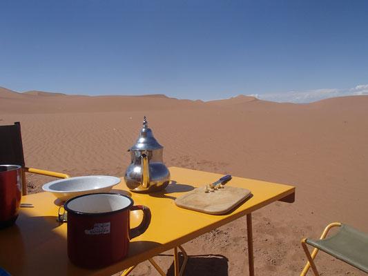Frühstück im Sand