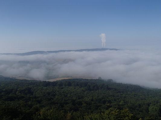über den Wolken Ith Turm