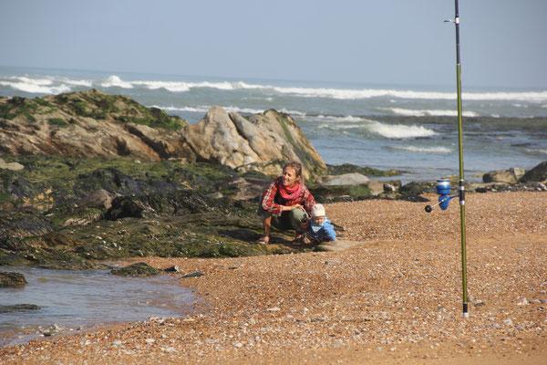 Sarah, Stephanie, playa sauve terre, foret olonne