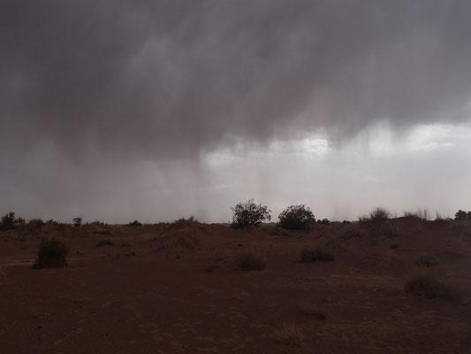 aufziehendes Gewitter Stpl. 2 Nähe Tafelberg