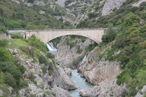 Brücke in der Gorges Herault