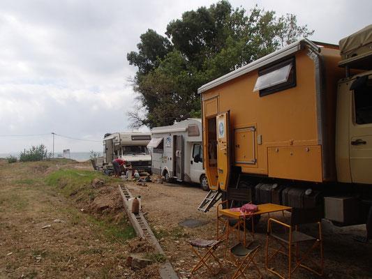 kurzes Treffen mit anderen Familien bei Algaciras