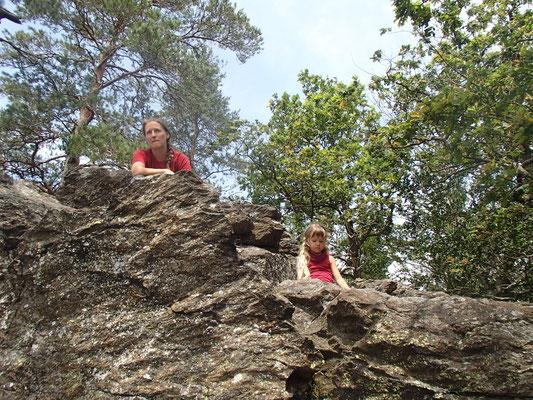 Sarah beim Klettern