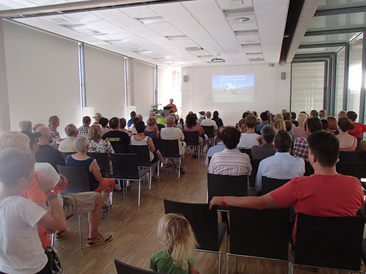 Martin beim Vortrag, Weltenbummlertreffen, Unimogmuseum, Gaggenau