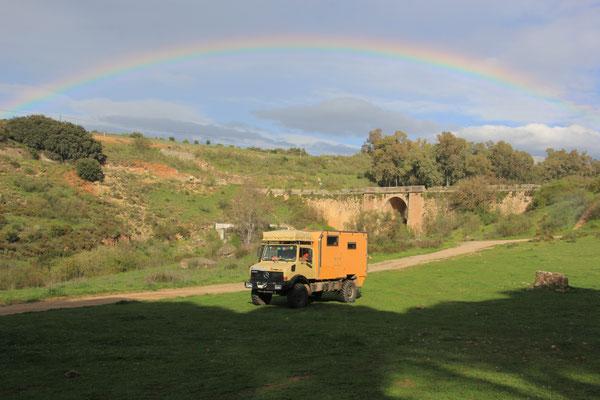 Standplatz unterm Regenbogen, westlich von Ronda