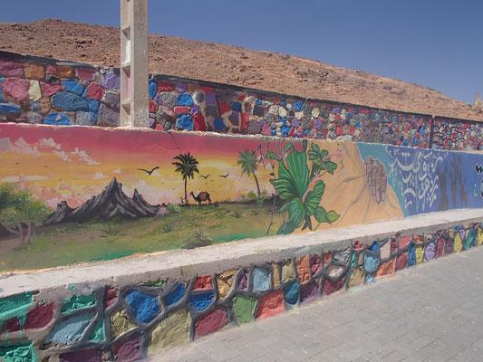 Strassenkunst in Foum el Hassan