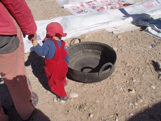 Reifenschüssel Markt Outat Oulad El Haj