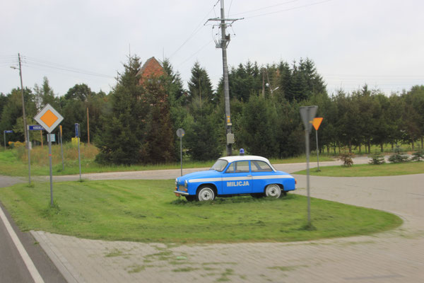 polnisches Militärstreifenfahrzeug alt