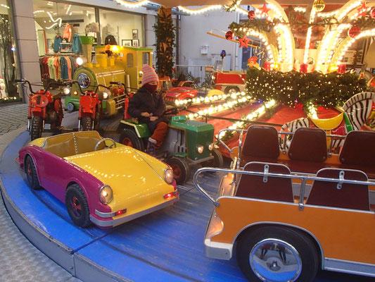 Weihnachtskarusell Hameln