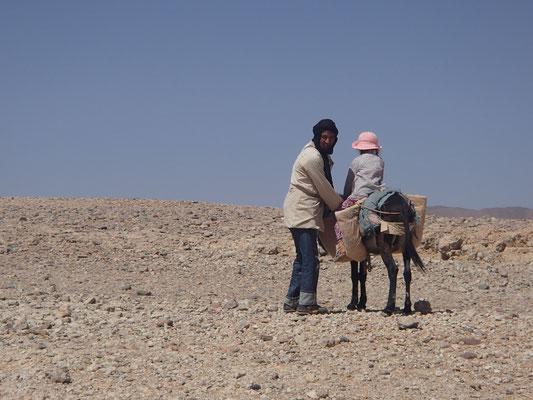 Hirtenbesuch mit Esel am Stpl.