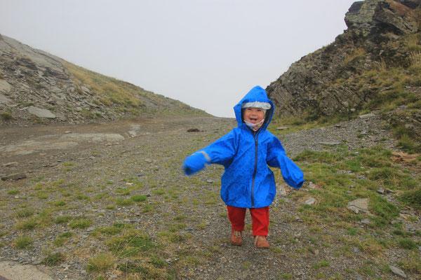 Sarah am Pass 2170 m, Offroad zwischen Espot und Espui