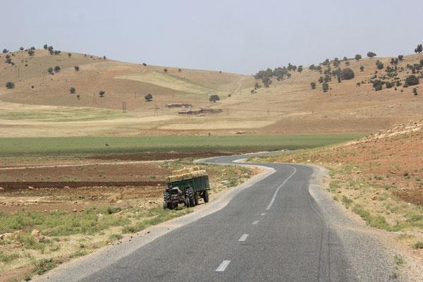 erster Traktor moderne Landwirtschaft