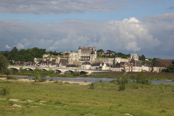 Standplatz m. Sicht auf Schloss Ambois