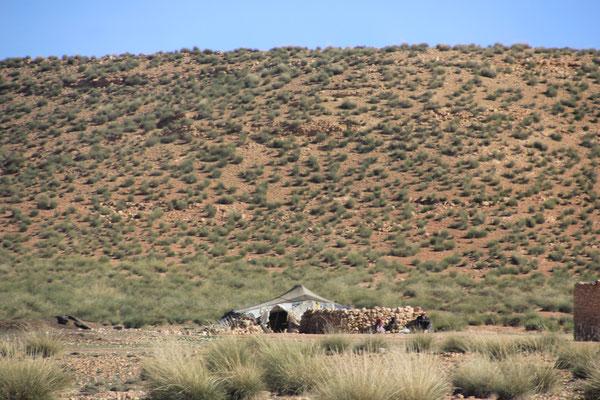 Nomadenzelt Richtung Matarka