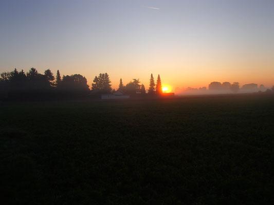 Sonnenaufgang am Arbeitsweg
