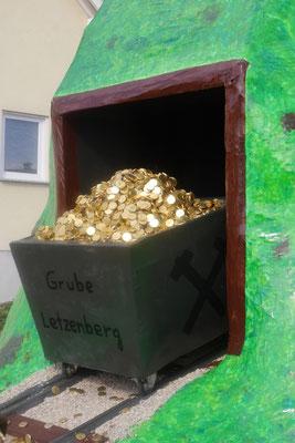 Haubentaucher: Malsch im Goldrausch