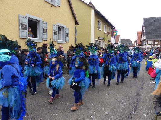 Frauen New Age: Liewa Pfau als Blau!