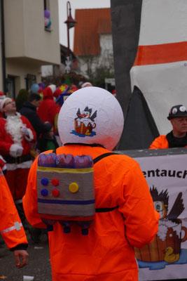 """Haubentaucher - """"Astronauten Jez hewe ma ab-Letschda Platz ade"""""""