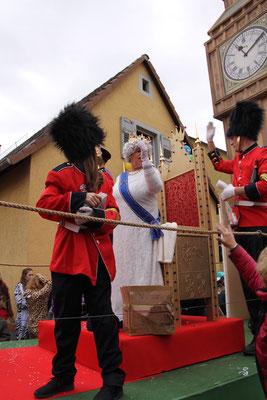 Brosome und Letzenberg Tierpark: British Guards and the Queen
