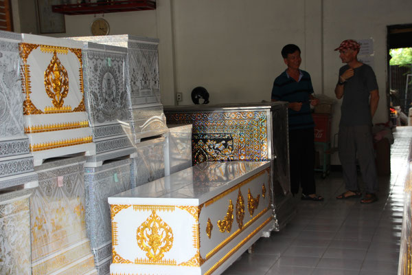 Sargfabrikation in Ayutthaya